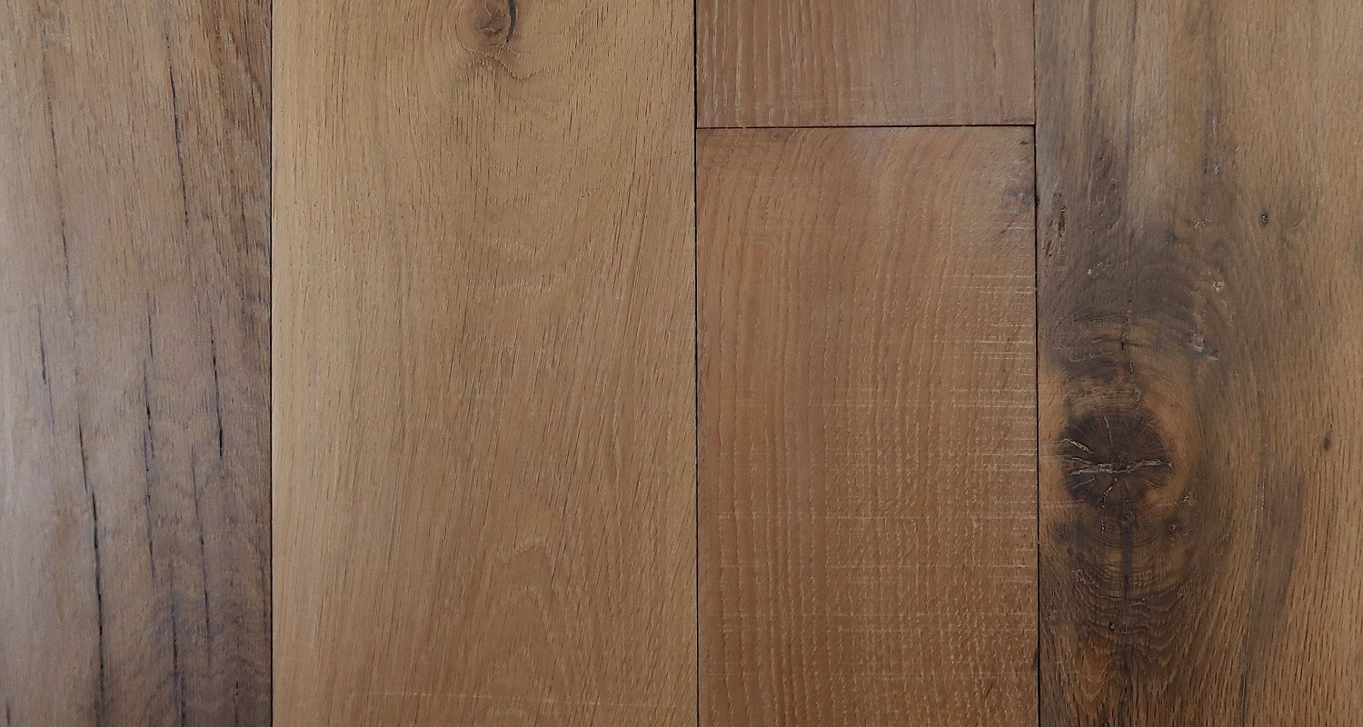Reclaimed Engineered European Inner Beam Oak – Midbrown